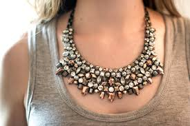 Bib necklace 2