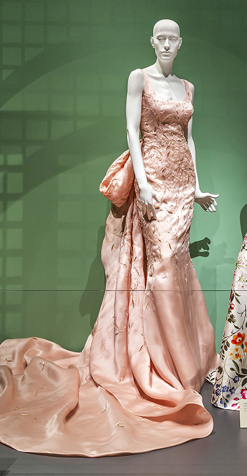 Taylor Swift's embroidered pink ball gown with train